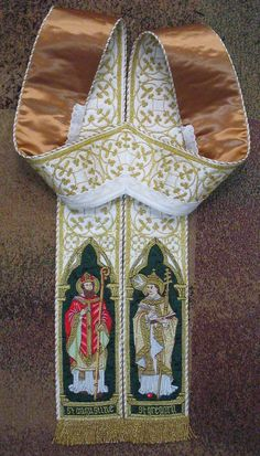 Inspired on Becket chasuble / From an anonymous vestment maker in the USA
