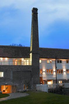 Tuddenham Mill Suffolk (BridesMagazine.co.uk)