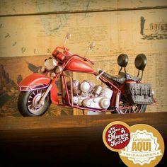 Motociclistas de plantão, que tal uma miniatura para ter seu xodó dentro de casa também? #RetroLovers #Decor #Retro #bike