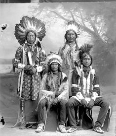 A Ute group. Photo from 1880-1900.