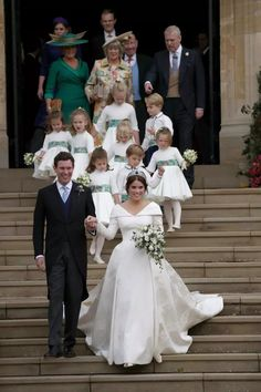 A selection of photos from the wedding of Princess Eugenie and Jack Brooksbank. Royal Princess, Princess Eugenie Jack Brooksbank, Princess Beatrice, Princess Wedding, Royal Wedding Gowns, Royal Weddings, Wedding Dresses, Queen Elizabeth Wedding, Princesa Eugenie