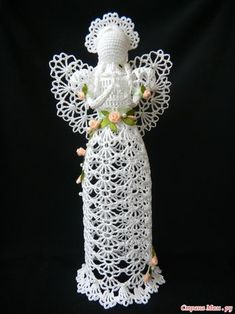 rita cuesta muñoz's media content and analytics Barbie Patterns, Lace Patterns, Crochet Patterns, Christmas Angels, Christmas Crafts, Christmas Ornaments, Crochet Butterfly Free Pattern, Pinterest Crochet, Crochet Placemats
