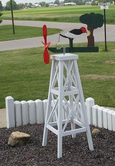 Whirlygigs  Woodpecker .... lol   I am following a board on Whirly Gigs.  ld