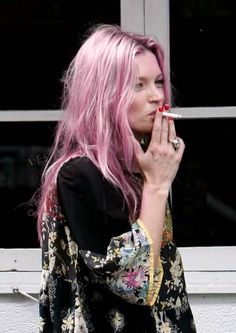kate moss pastel colour
