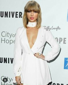 """( ☞ 2017 ★ CELEBRITY MUSIC WOMAN ★ TAYLOR SWIFT """" Country ♫ pop ♫ """" ) ★ ♪♫♪♪ Taylor Alison Swift - Wednesday, December 13, 1989 - 5' 10"""" 120 lbs 35-24-35 - Reading, Pennsylvania, USA."""