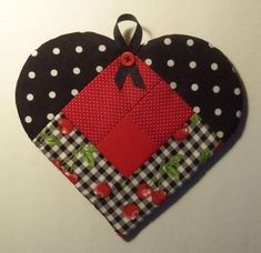 This Sweet Heart Potholder is so Charming - Quilting Digest