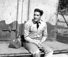 "Elvis Presley ""Kid Galahad"""