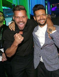 Robi Draco Rosa y Ricky Martin en los Latin Grammy 2013 ...Puerto Rican Pride!!! Love it!!!