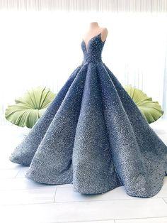 Blue Formal Dresses, Ball Gowns, Evening Wear and Wedding Designs Ball Gowns Evening, Ball Gowns Prom, Ball Gown Dresses, Evening Dresses, Chiffon Dresses, Wedding Gowns, Pretty Prom Dresses, Elegant Dresses, Cute Dresses