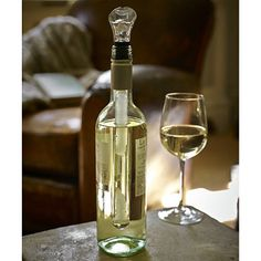 Keep your wine chilled from inside bottle. Can be left in when pouring. Freeze Chill Core before use. Cheap Wine Glasses, Rioja Wine, Pinot Noir Wine, Wine Chillers, Expensive Wine, Wine Fridge, Wine Online, Wine Drinks