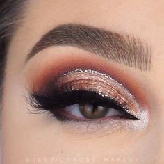 eyeshadow looks step by step cut crease Maquillage Cut Crease, Cut Crease Eyeshadow, Cut Crease Makeup, Eyeshadow Makeup, Cut Crease Glitter, Fall Eyeshadow, Makeup Eraser, Clinique Makeup, Contour Makeup