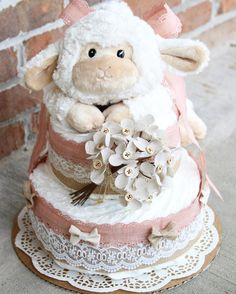 Vintage inspired diaper cake by MckayCakesnCrafts on Etsy Baby Shower Balloons, Baby Shower Cakes, Baby Boy Shower, Baby Shower Gifts, Baby Gifts, Diaper Cake Basket, Diaper Cakes, February Baby Showers, Regalo Baby Shower
