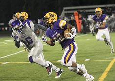 Columbia River football rolls to 3A state