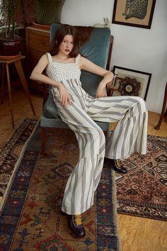 http://www.vogue.com/fashion-shows/resort-2018/vilshenko/slideshow/collection