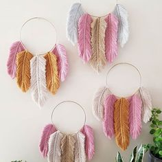 Hello my pretties 🙋♀️🤗 ~ My newest collection of Feather Dreamcatchers is available now ~ 💖🙌🌹 °link in bio° #featherloveforlife . . . #knottingmad #macrame #macramelove #macrameadelaide #macrameaustralia #macramemaker #macramecommunity #macramedreamcatcher #macramefeathers #modernmacrame #create #supporthandmade #giftideas #kidsgifts #fibreart #fibrelove #rosepink #gold #natural #mistgrey #colourcombo #organicaustraliancotton #handmade #withlove #homedecor #homeinterior #etsy…