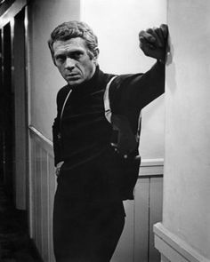 25 Things You'll Never Experience Again # An actor as cool as Steve McQueen. <> Steve McQueen in 'Bullitt' - Everett Collection/REX Steve Mcqueen Bullitt, Vintage Movie Stars, Vintage Movies, Steeve Mac Queen, Steve Mcqueen Style, Steve Mcqueen Movies, Badass Movie, Tough Guy, Black Turtleneck