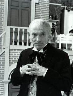 """""""William Hartnell was the first incarnation of the Doctor and appeared in the series between 1963 and Rumors of his difficult behavior on set are legendary, but he cared deeply about the show and in many ways he was its biggest ever star. Serie Doctor, Dr Williams, William Hartnell, Classic Doctor Who, First Doctor, Doctor Who Tardis, Peter Capaldi, Sean Connery, Dalek"""
