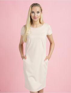 Short Sleeve Dresses, Dresses With Sleeves, Pretty Girls, Fashion, Gowns With Sleeves, Moda, Fashion Styles, Fashion Illustrations, Fashion Models