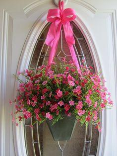 Use petunias, bacopa or calibrachoa for full sun