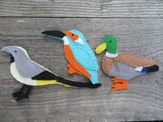 Bird fridge magnets, kingfisher magnet, British birds, felt magnets £9.00 #birds #fridgemagnets #giftsfordad #gifts Grey Wagtail, Felt Magnet, Any Birds, Gifts For Nature Lovers, Kingfisher, Gifts For Dad, Office Decor, Magnets, Dinosaur Stuffed Animal