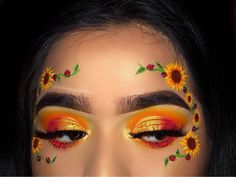 ✨✨ So I decided to recreate and add a little twist on my old sunflower look . - Make-up Makeup Eye Looks, Eye Makeup Art, Crazy Makeup, Cute Makeup, Pretty Makeup, Skin Makeup, Eyeshadow Makeup, Eyeliner, Eyeshadow Palette