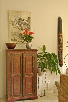 Saffron and Silk: Sensational Spaces I