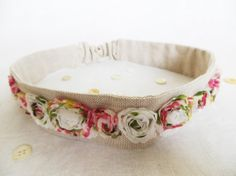 This would be such a sweet woodsy/rustic wedding headband for the bridesmaids to wear!