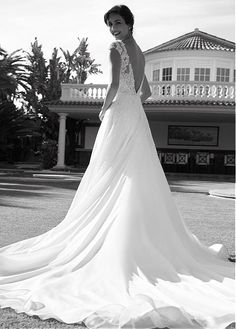 70131bcd475c Magbridal Modest Tulle   Organza V-neck Neckline A-line Wedding Dress With  Beaded