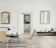 Modern interpretation of white and gold. Photo by Fritz Hansen