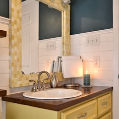 Bathroom Makeover Day How To Paint A Bathtub How to make a mosaic tile mirror out of DIY wood tiles Condo Bathroom, Mosaic Bathroom, Mosaic Diy, Mosaic Tiles, Diy Bathtub, Painting Bathtub, Bath Tub, Diy Painting, Tub Resurfacing