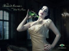 publicité,pin-up,perrier,dita von teese, Pinup Art, Jean Harlow, Dita Von Teese Burlesque, Isabella Blow, Y Image, Pin Up, New Face, Vintage Beauty, Beauty Women