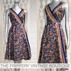 The Frippery Vintage Clothing Boutique: mai 2010 Batik Fashion, Skirt Fashion, Fashion Dresses, Batik Dress, Saree Dress, Indian Designer Outfits, Designer Dresses, Ikkat Dresses, Affordable Dresses