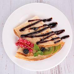 Парижские блины | Четыре вкуса Waffles, Pancakes, Nutella Crepes, Sleepover Food, Brunch, Food And Drink, Sweets, Chocolate, Magic Fox