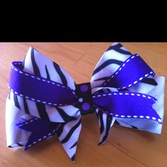 Hair bows for days!