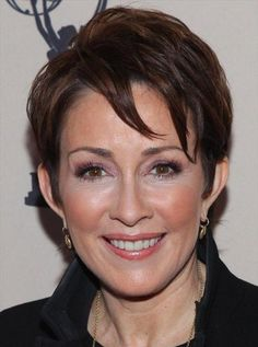 Beautiful and Modern Hairstyles for Older Women   Hairstyles 2014