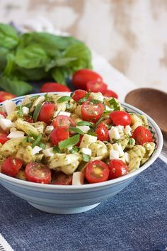 BEST Italian Pasta Salad With Tortellini! Cubano Tortellini Salad With Mojo Dressing Carlsbad Cravings. Caprese Tortellini Pasta Salad The Weary Chef. Cheese Tortellini Salad, Tortellini Pasta, Tortellini Recipes, Caprese Pasta, Pasta Food, Pesto Pasta, Best Pasta Salad, Easy Pasta Salad Recipe, Salad Recipes Video