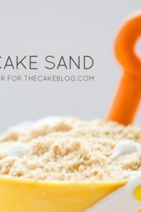 Edible cake sand made from cake scraps Treasure Chest Cake, Edible Sand, Parchment Paper Baking, Beach Cakes, Birthday Ideas, Pirate Birthday, Mermaid Birthday, Pirate Party, 5th Birthday