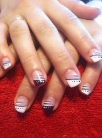 Ideas For Nails French White Glitter Nailart French Nail Art, French Nail Designs, Diy Nail Designs, Acrylic Nail Designs, Acrylic Nails, French Manicure Nails, French Tip Nails, Pedicure Nails, French Pedicure