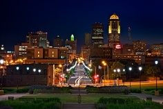 Des Moines @ Night by Gage Caudell, via 500px