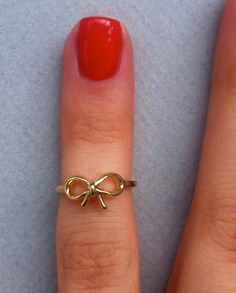 Gold Bow Knuckle Ring.