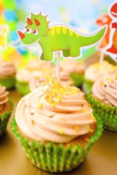 Check out the fun dinosaur cupcakes at this dino birthday party! See more party ideas and share yours at CatchMyParty.com #catchmyparty #partyideas #4favoritepartiesoftheweek #dinosaurbirthdayparty #dinosaurparty #boybirthdayparty #dinosaurcupcakes Dinosaur Birthday Party, Girl Birthday, Birthday Parties, Dinosaur Cupcakes, Cupcake Flavors, Beautiful Cupcakes, Vanilla Cupcakes, Boy Or Girl, Food Ideas