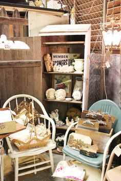 Itsy Bits and Pieces: Fun From Our Space at Junk Bonanza...