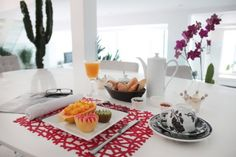 ESCALEA APARTMENTS #RioDeJaneiro #Copacabana #Brazil #Food #Meal #Travel #Rental Decor, Renting A House, Table Settings, Table, Home Decor, Table Decorations
