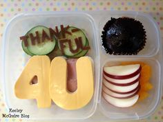 Keeley McGuire: What are you {thankful} for?  Thanksgiving School Lunch Ideas for Kids @EasyLunchboxes