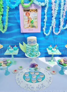Mermaid party... In love with this cake