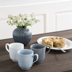 Enjoy your home-made coffee or tea from your mug every day or save it for special occasions and surprise your guests with classic, Danish design.