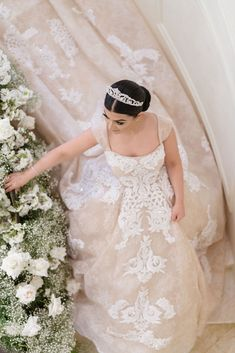 real wedding photo from eddie zaratsian lifestyle and design event bride in panache atelier by sahar fotouhi wedding dress tiara walking down stairs Bridal Dresses, Wedding Gowns, Flower Girl Dresses, Luxury Wedding, Real Weddings, Wedding Planning, Wedding Inspiration, Couture, Bride