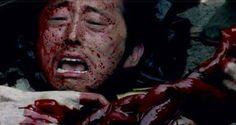 Los que son fanáticos de The Walking Dead, hemos desarrollado un extraño sentimiento de cariño por los protagonistas de la serie, tales como Hershel Greene, Beth Greene, Tyresse, Lori Grimes, Shane Walsh, T-Dog, Andrea, Dale Horvathy y por supuesto Noah; entre muchos otros que lloramos sus muertes y prácticamente maldecimos a los productores de la…