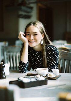 その笑顔、恋を遠ざけてませんか?大人の女性が控えたい、NGな笑い方チェックリスト | by.S