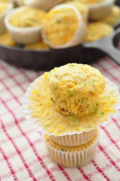 PICTURES! ~ Jalapeño Cheddar Corn Meal Muffins